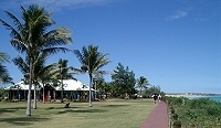 Cafe and other facilities at Cable Beach